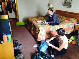 Lindsay and Turtle rotting their brains in a Delaware Water Gap hotel.
