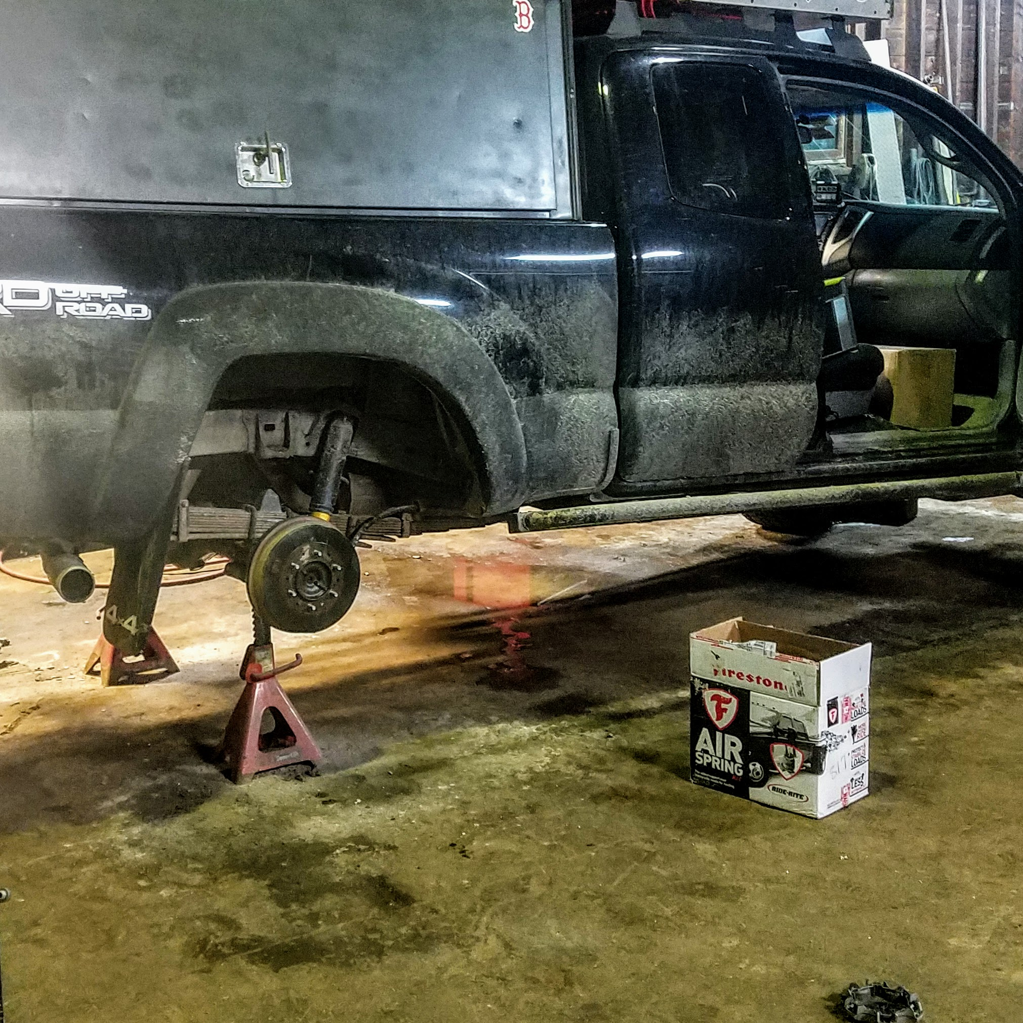 Suspension install overlanding toyota tacoma